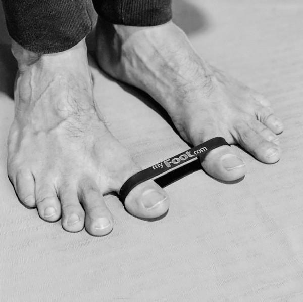 toega-ist-zehen-yogaFejKcLWKpQx7u
