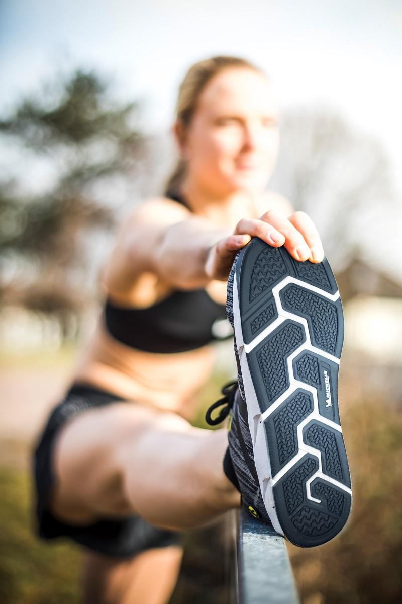 Comfortable women's running shoes with toefreedom | Joe Nimble